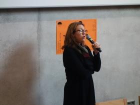 Colloque couleur et soin. Décembre 2019, ENSAD Nancy. Lætitia Monjoin, neuro-psychologue. Crédit photo : La Fabrique de l'hospitalité.